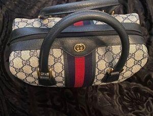 GUCCI GG SUPREME BOWLING BAG